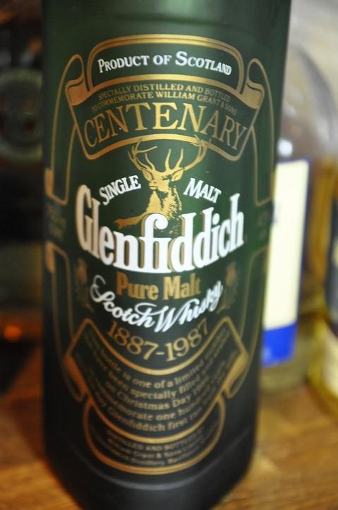"""グレンフィディック Glenfiddich  (43%, OB, Centenary celebration, 12000bts) 75CL  """"Bottled on Christmas Day 1986 to celebrate 100 years of distilling """""""