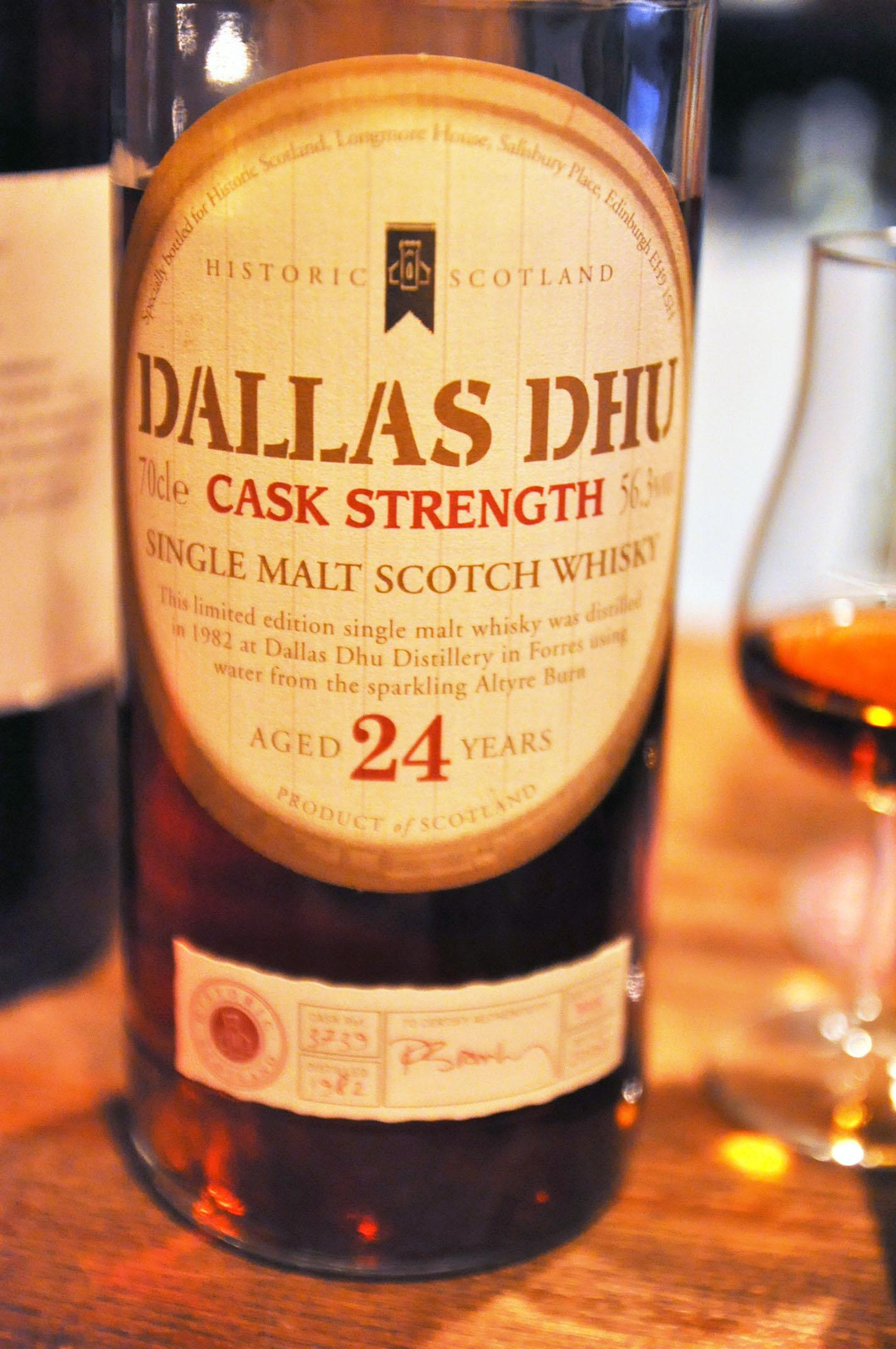 Dallas Dhu 24yo 1982/2007 (56.3%, OB, Historic Scotland, C#3739, btl no 398)