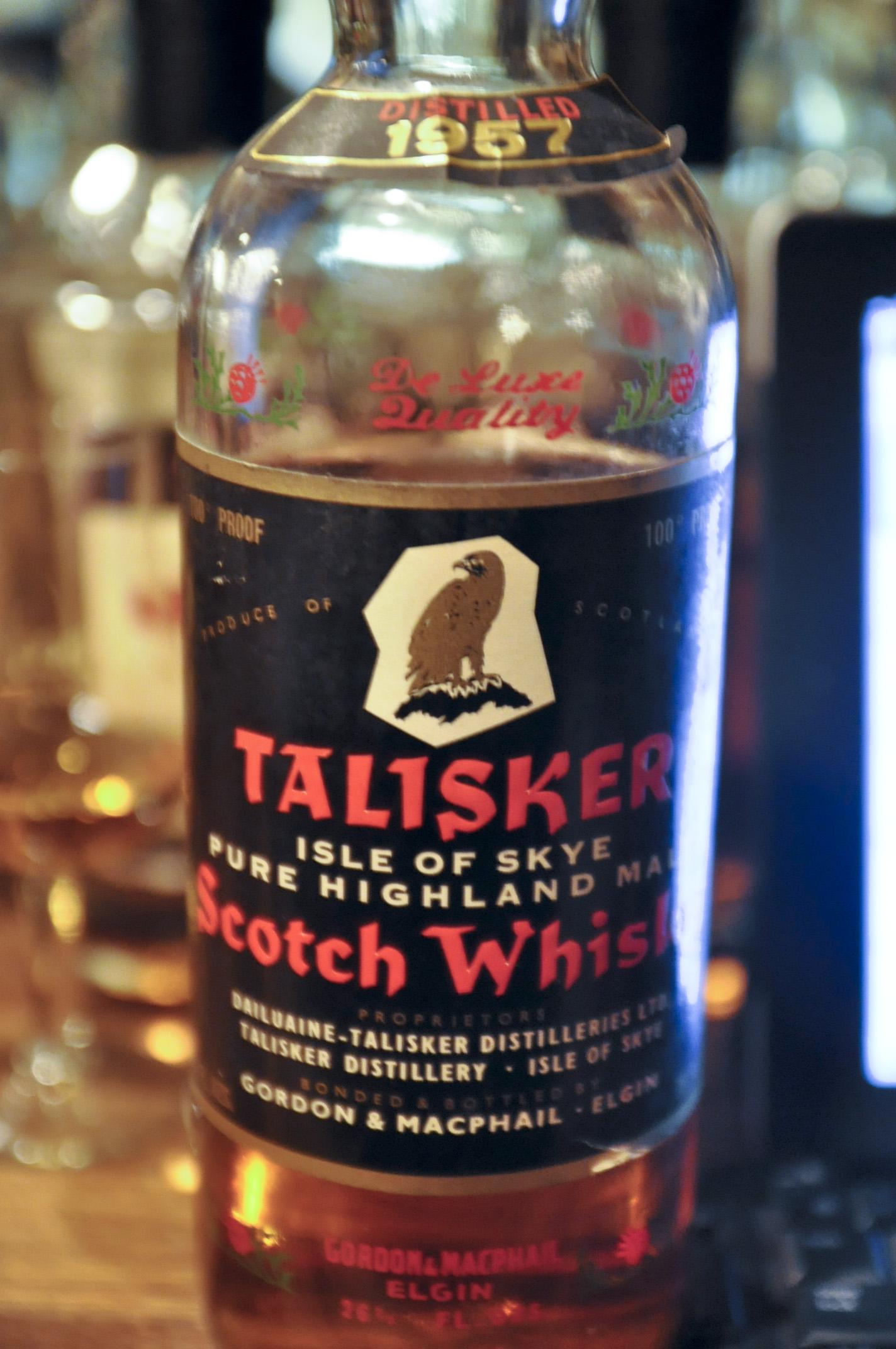 タリスカー Talisker 1957 (100° Proof, G&M, Black Label red Letters and Eagle Picture, Red Screw Cap, 75cl)