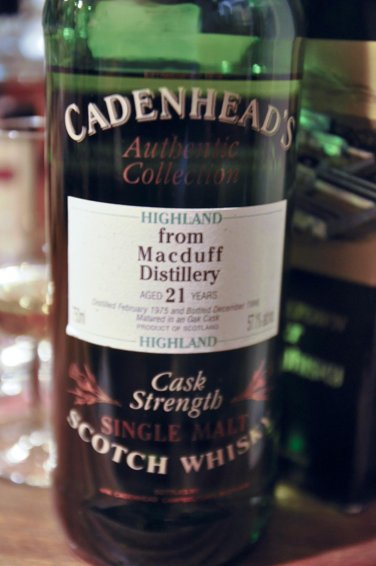 マクダフ Macduff  21yo 1975/1996 (57.1%, Cadenhead's, Oak cask)