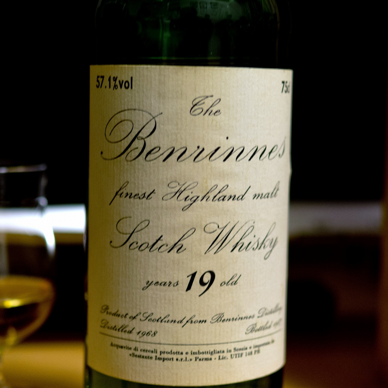 ベンリネス Benrinnes 19yo 1968/1987 (57.1%, G&M for Sestante Import)